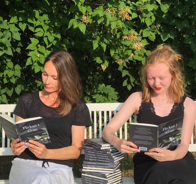 Flickan i 45:an av Liza och Therese Czarnecki