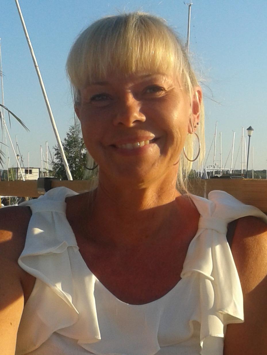 Traudur Guldringen av Anna-Karin Nyström